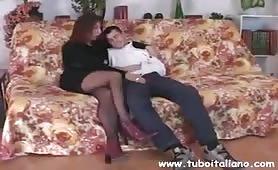 Veronica - Mamma zoccola scopata dal figlio
