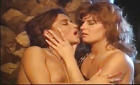 Masturbazione - Video porno classico italiano completo
