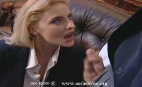 Ursula Cavalcanti - Eccitante milf inculata in lingerie sexy