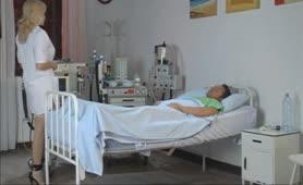 Vittoria Risi - La dottoressa in doppia penetrazione