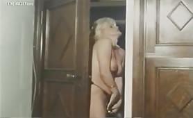 Marina Lotar, una diva porno svedese in porno classico